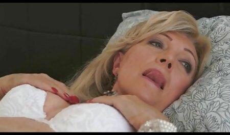 La belle femme sex grand mer arab brune Raven Bay baise devant son mari